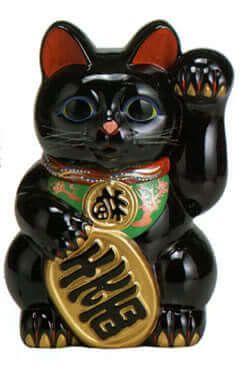 Фигурка манэки-нэко черная