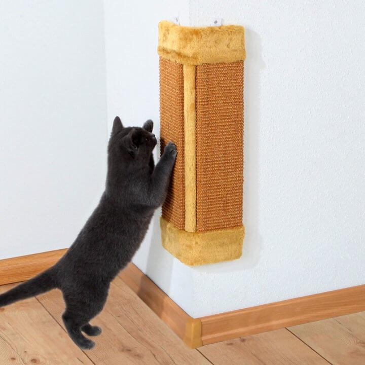 угловая вертикальная когтеточка для котов